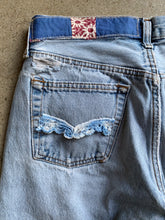 Load image into Gallery viewer, Rose Feed Sack Patchwork Levi's 501