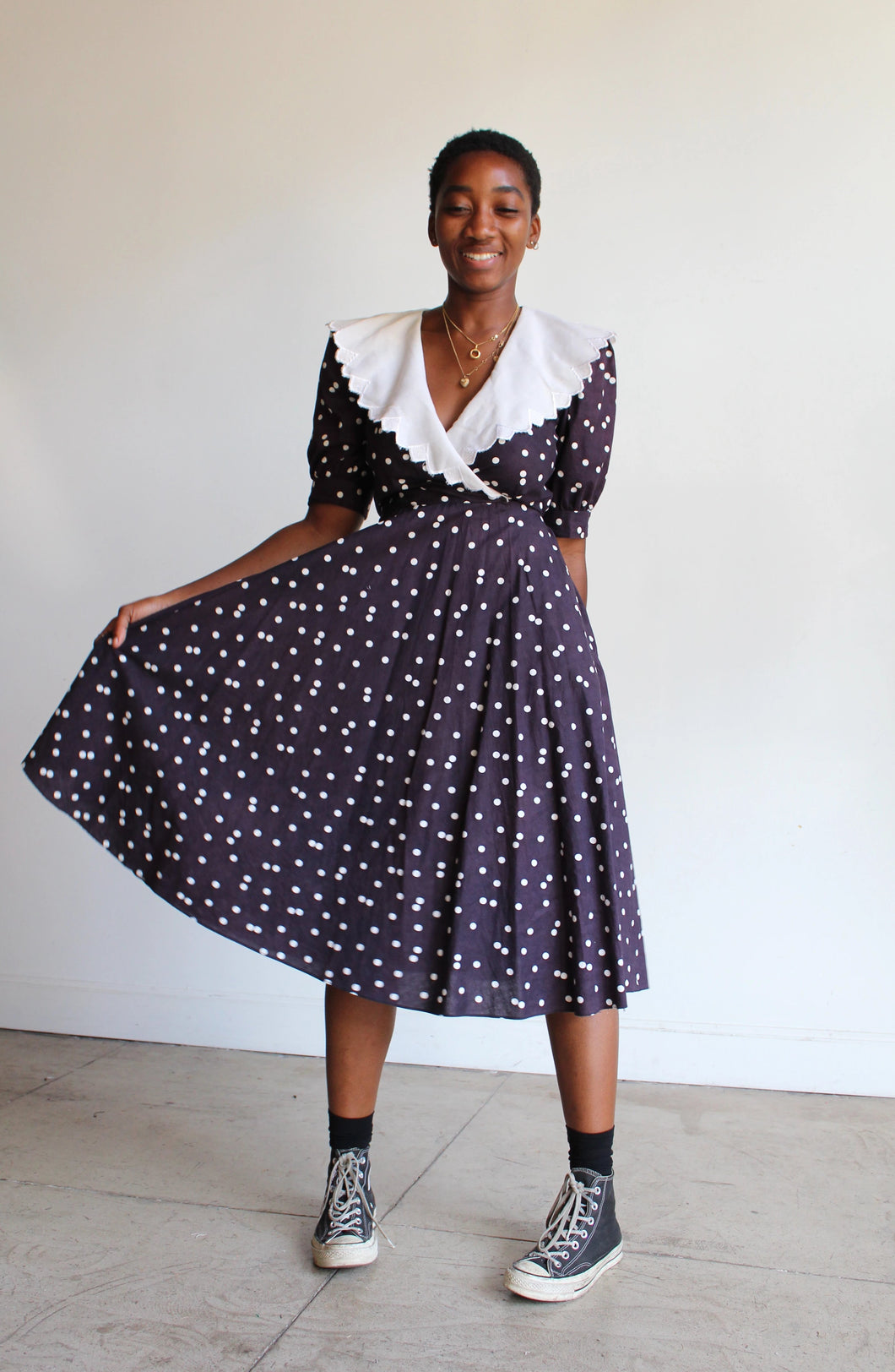 1980s B&W Polkadots Cotton Dress with White Scalloped Collar