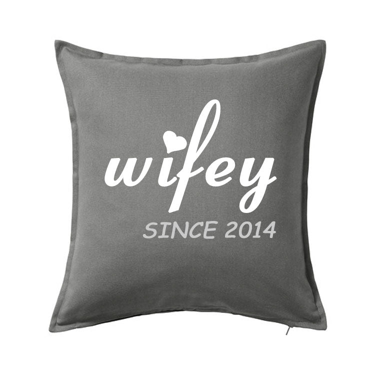 Wifey Pillow - SimplyNameIt