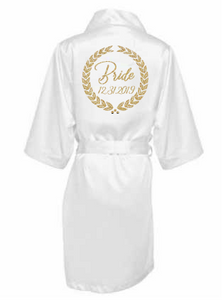 Satin robe with Wreath and Date - SimplyNameIt