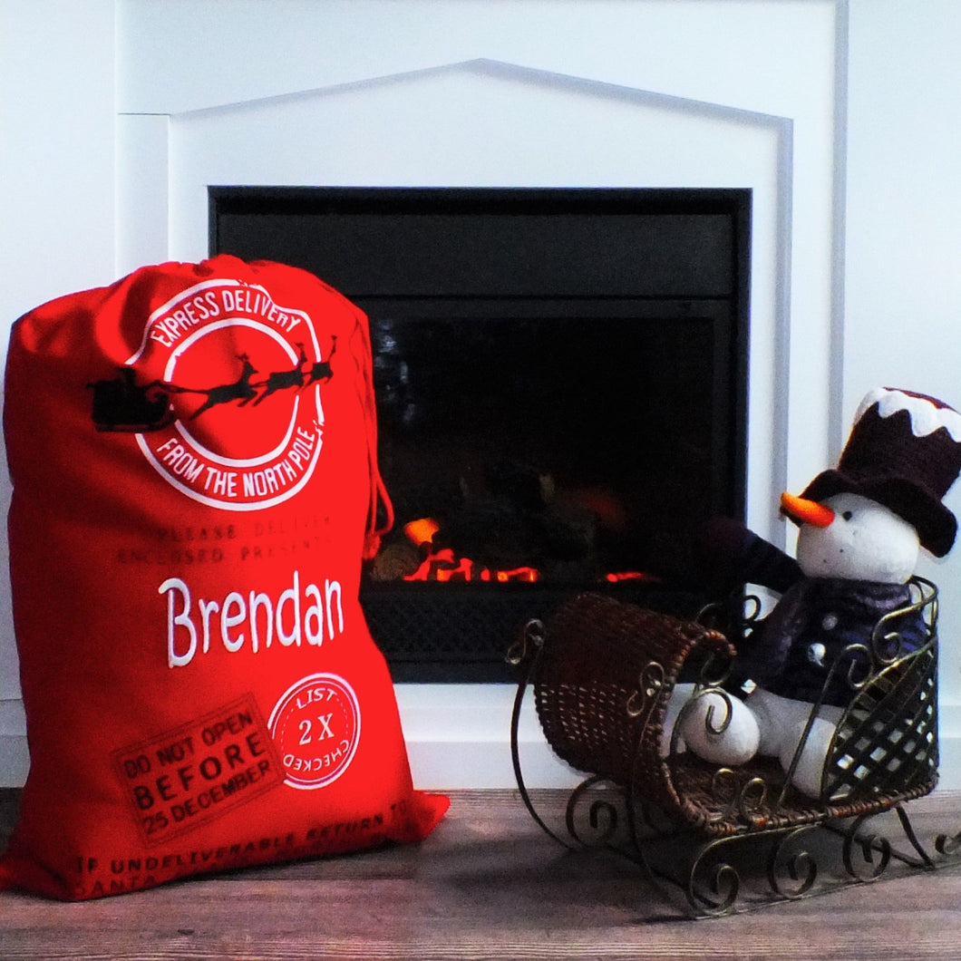 Red Santa Sack with embroidered Name - SimplyNameIt