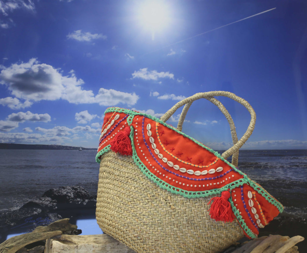 Shell and tassel trimmed IBIZA beach basket - VOLCANO RED