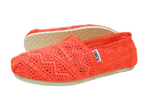 Toms Classic Women's Shoes - Neon Coral Crochet