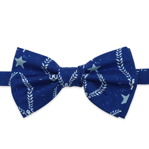 Noël Coward laurel bow tie