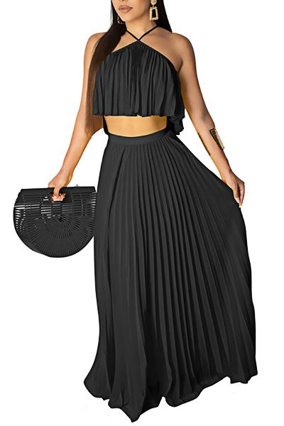 Unusual Halter Neck Solid Color Top & Long Pleated Skirt Set