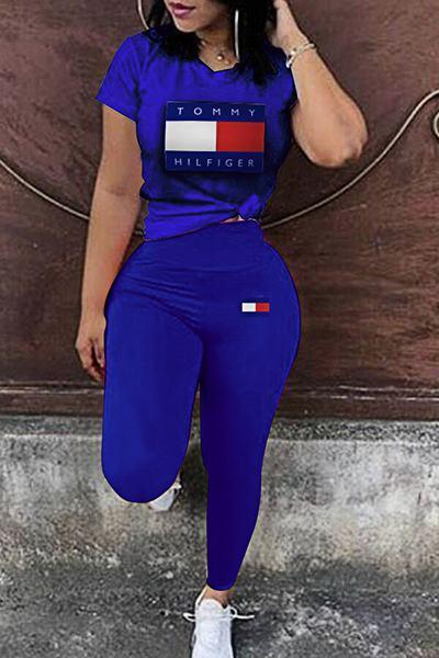 On-trend Short Sleeve Round Collar Graphic Print T-shirt & Legging Set