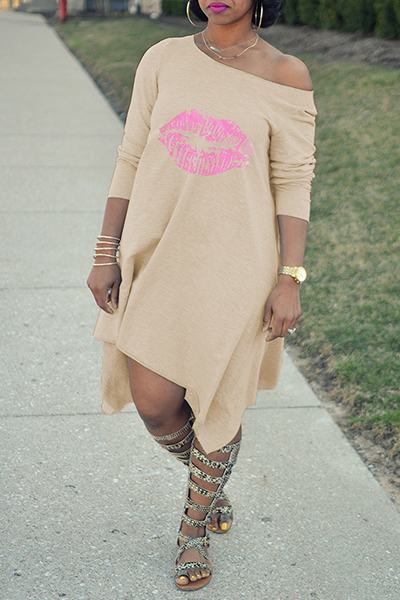 Long Sleeve Slash Neck Pink Lips Print Asymmetric Midi Shift Dress