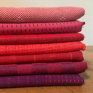 7 reddish Fat Quarter Bundle - Entwine