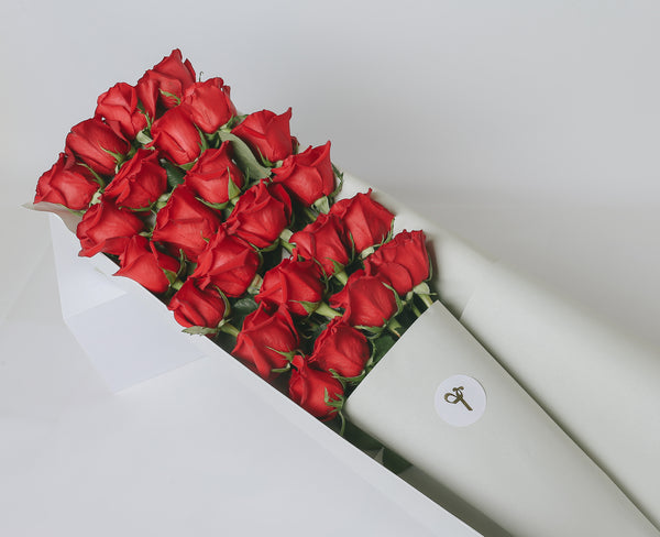 """Signature Red Roses Gift Box"" - 6 / 12 / 24 stems"