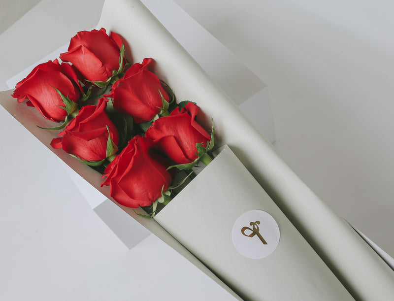 Signature Red Roses Gift Box - 6 / 12 / 24 stems