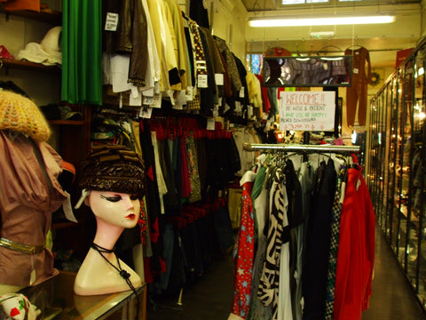 Retro Woman Shop