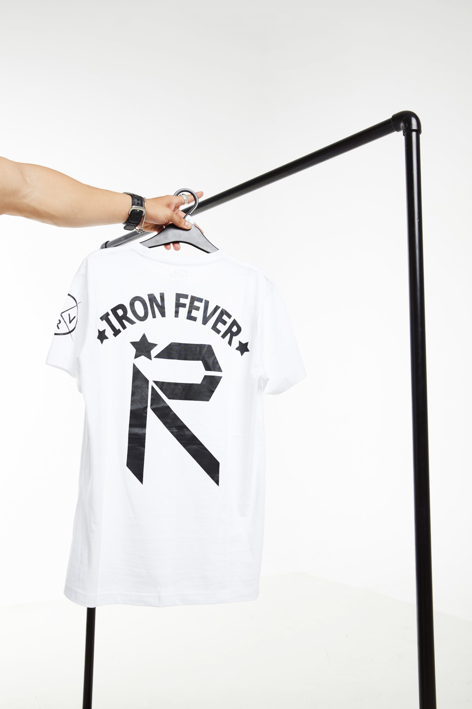 IRONFEVER Revolution - White / Black