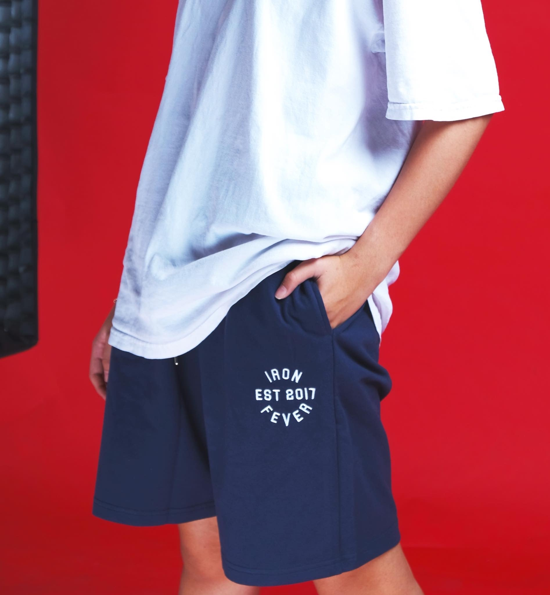 IRONFEVER NAVY PLAIN SHORTS