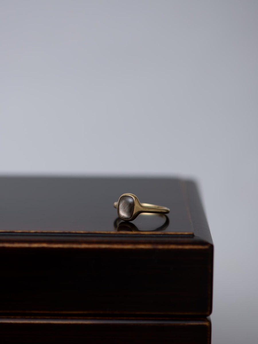 Mother of pearl ring Ⅱ -black-