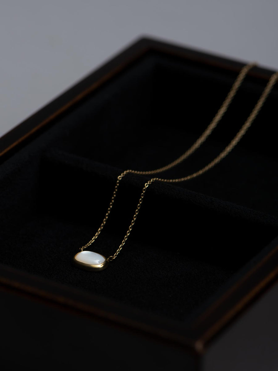 Mother of pearl necklace Ⅰ -white-