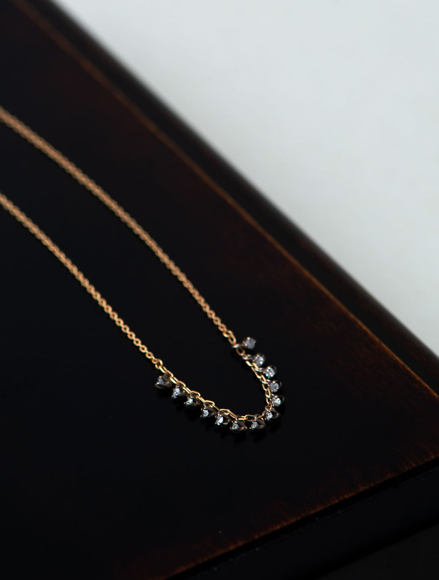 Tiny diamond necklace Ⅴ
