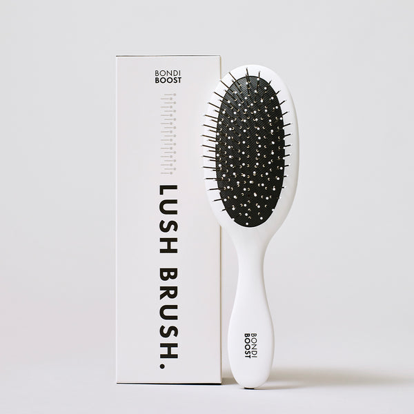 Lush Brush - DETANGLES + SMOOTHS FRIZZ
