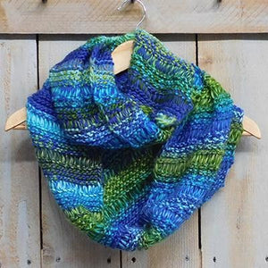 Vibrant Knit Stripes Infinity - Blue & Green 810927