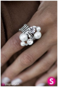 A Born Romantic - Paparazzi ring