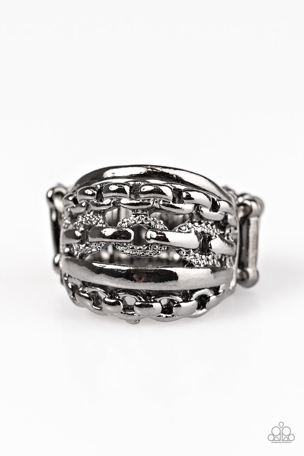 A CHIC Reaction - Black - Paparazzi ring