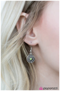A Simpler Time - Paparazzi earrings