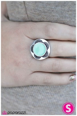 A Sunny Disposition - Blue - Paparazzi ring