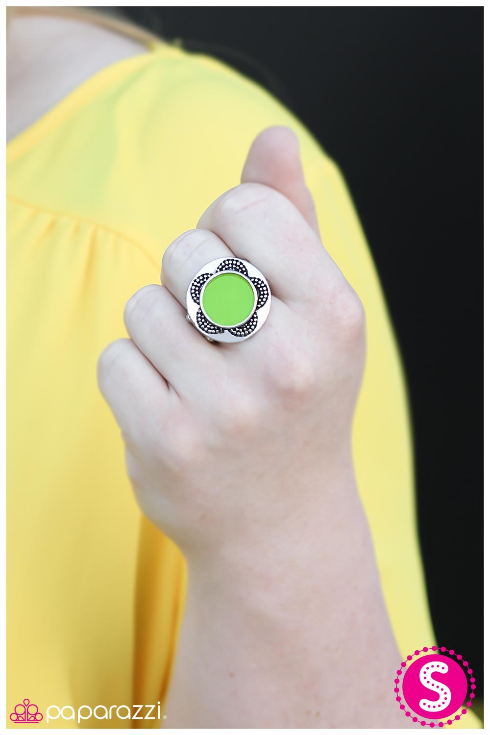 A Sunny Disposition - Green - Paparazzi ring