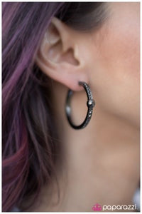 Acapella - Paparazzi Hoop earrings