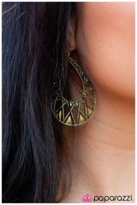 Acutely Aztec - Paparazzi earrings