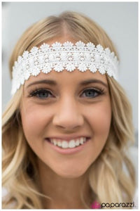 All About That LACE - Paparazzi headband
