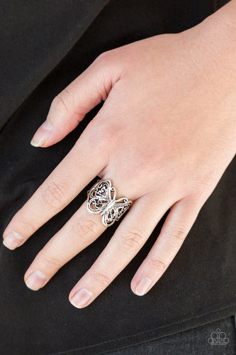 All Aflutter - silver - Paparazzi ring