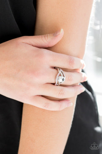 BLING It On!-pink-Paparazzi ring