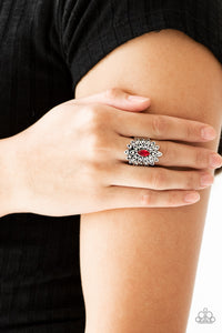 Blooming Fireworks - red - Paparazzi ring