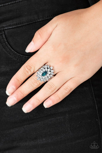 Blooming Fireworks - blue - Paparazzi ring