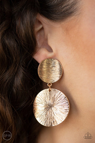 Bright On Cue - gold - Paparazzi clip on earrings