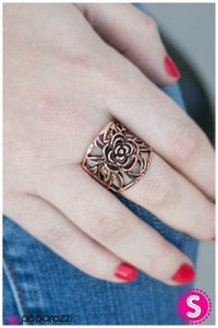 Budding BLOOMance - Paparazzi copper ring