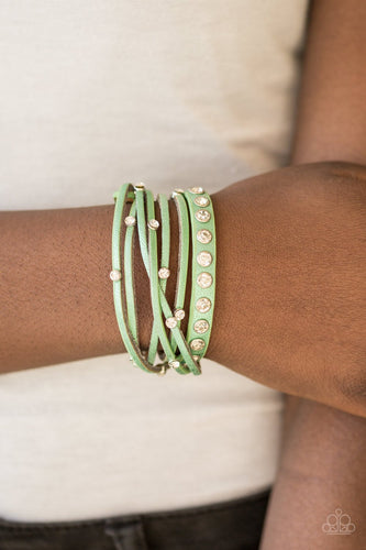 CATWALK It Off - green - Paparazzi wrap bracelet