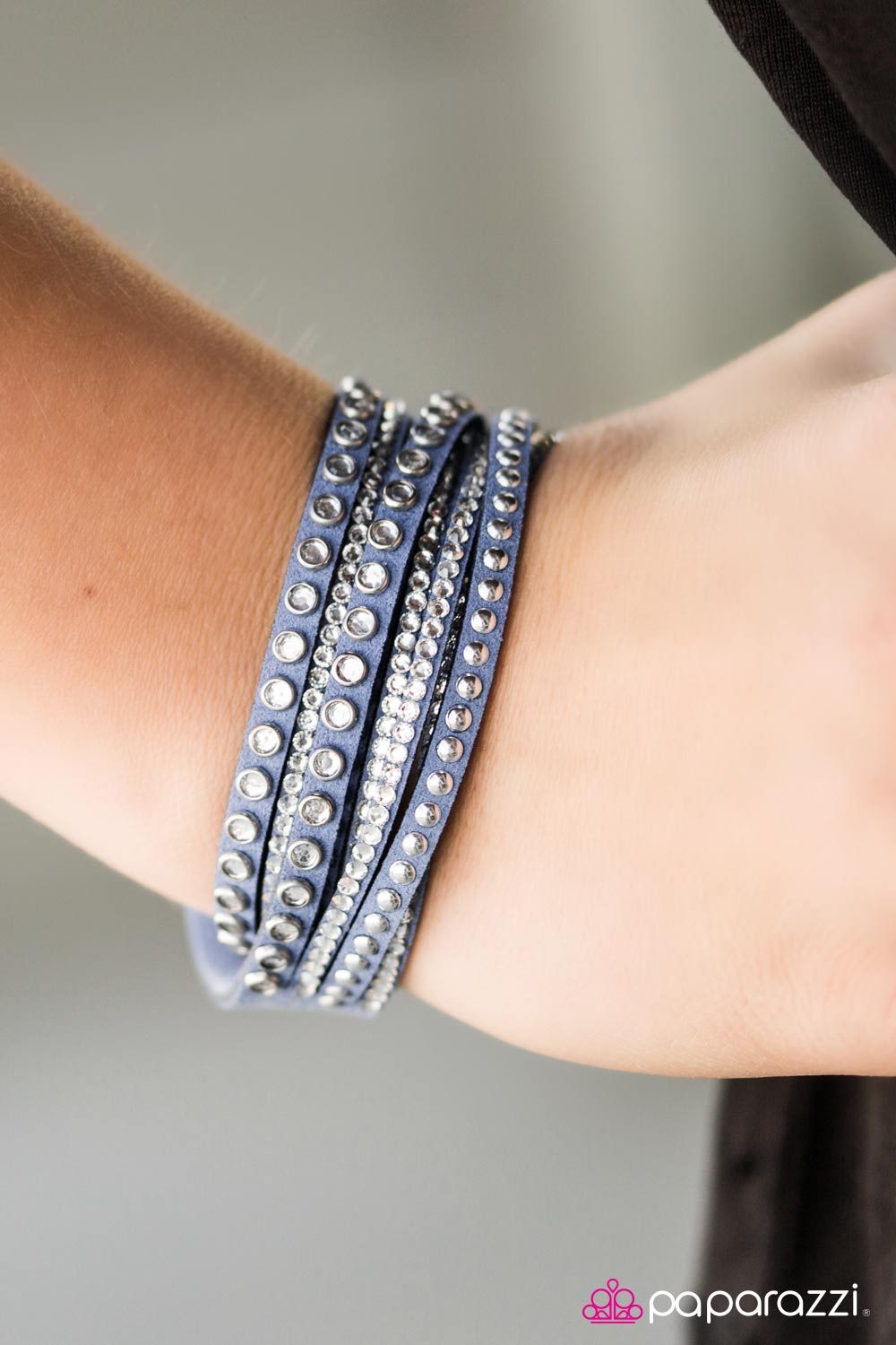 Cant Touch This - Blue - Paparazzi bracelet