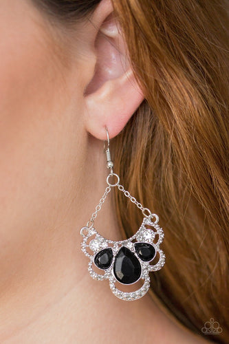 Caribbean Royalty - black - Paparazzi earrings