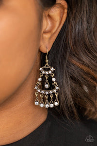 Chandelier Shimmer-brass-Paparazzi earrings