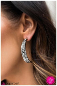 Conga Line - Paparazzi earrings