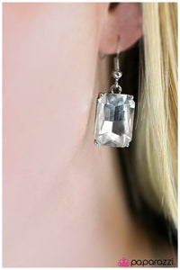 Cover Girl - white - Paparazzi earrings