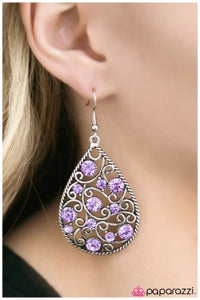 DEW The Right Thing - Paparazzi earrings