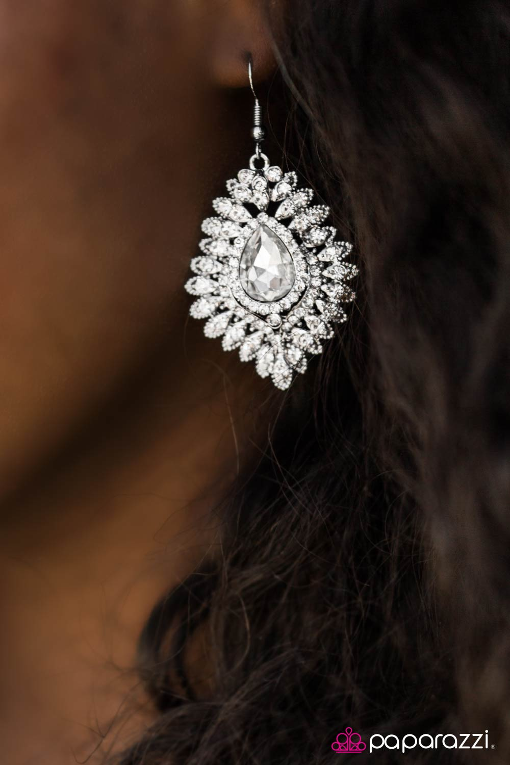 DIVA-de and Conquer - White - Paparazzi earrings