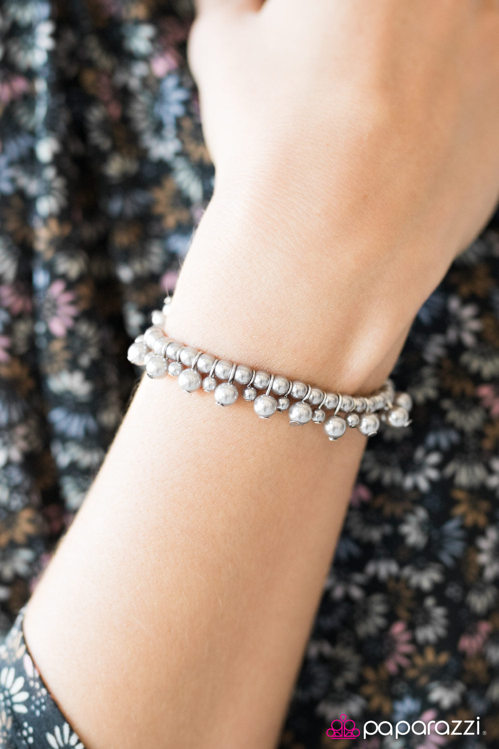 Date With Divine - Silver - Paparazzi bracelet