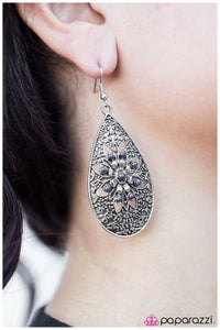 Day by Day - silver - Paparazzi earrings