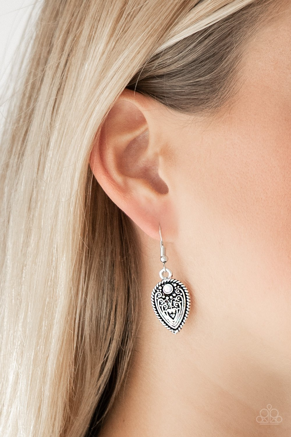 Distance Pasture - white - Paparazzi earrings
