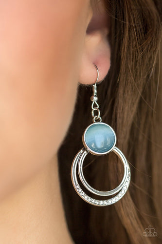 Dreamily Dreamland - blue - Paparazzi earrings