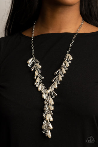 Dripping With DIVA-ttitude - white - Paparazzi necklace