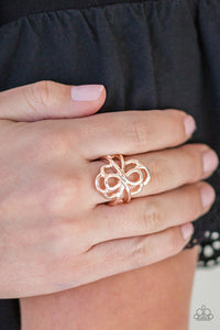 Ever Entwined - gold - Paparazzi ring
